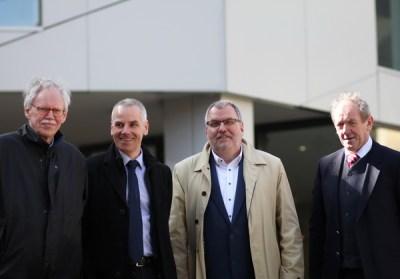Der Dombau-Verein Minden wird vertreten durch seinen Vorstand mit (v. l.) Geschäftsführer Dietrich Seele, stellvertretendem Vorsitzenden Gerd Stenz, Vorsitzendem Hans-Jürgen Amtage und Schatzmeister Hans-Jürgen Trakies. Foto: DVM/Alex Lehn