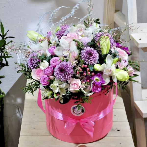 купить коробку с цветами минск