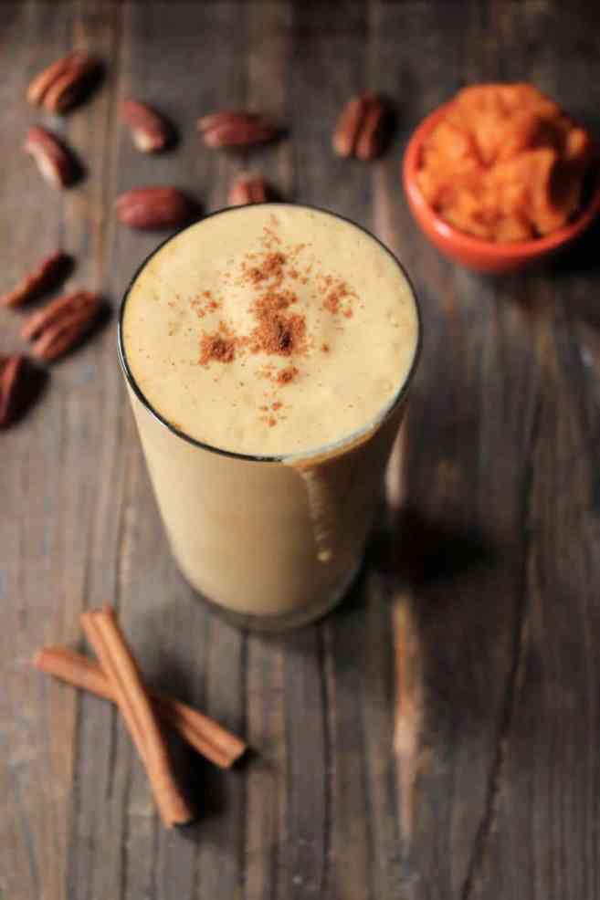 healthy-pumpkin-pie-smoothie
