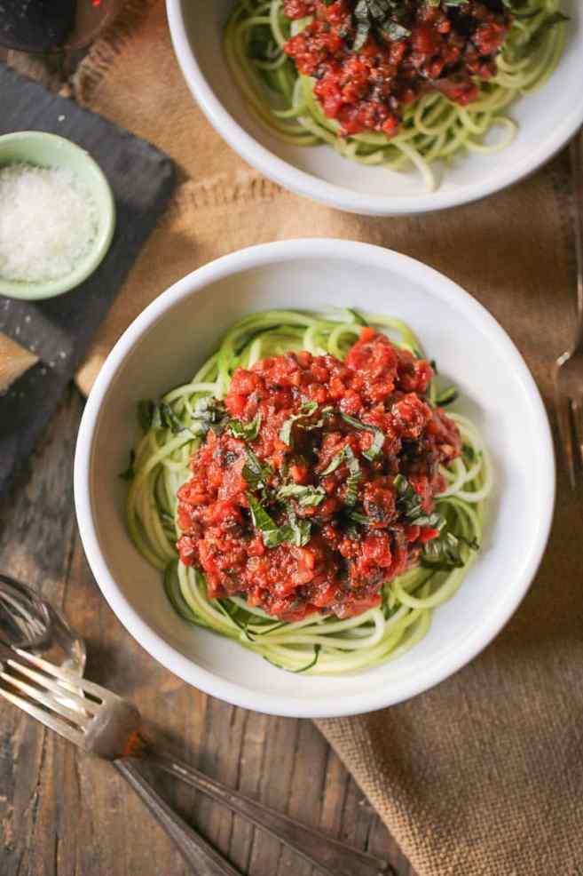zucchini-noodles-with-vegan-portobello-bolognese-3