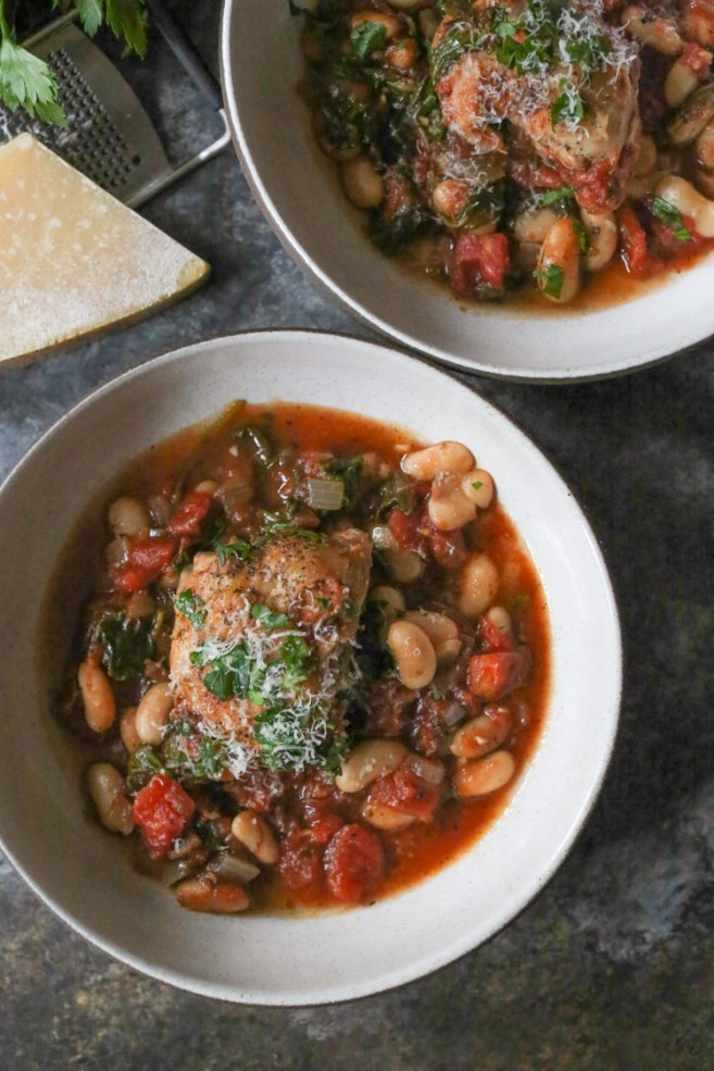braised-chicken-thighs-with-spinach-white-beans-3