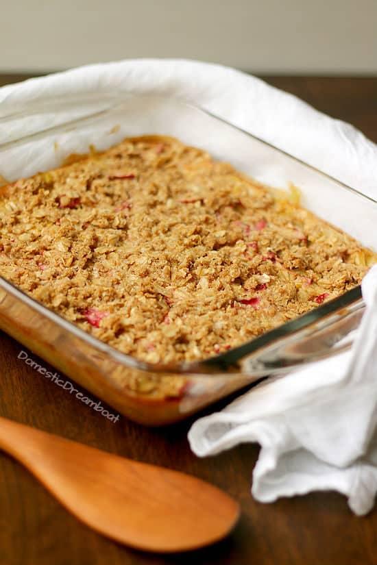 Old Fashioned Rhubarb Crisp