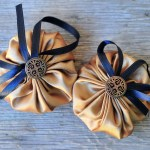 DIY Lavender Potpourri Suffolk Puff Pouches