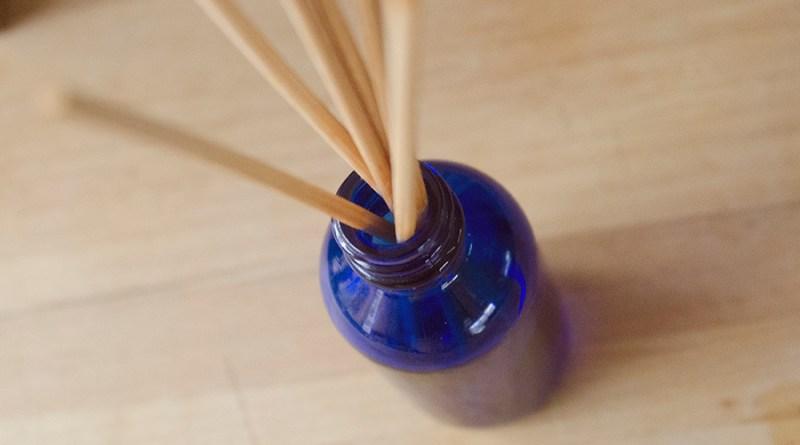 DIY Essential Oil Reed Diffuser