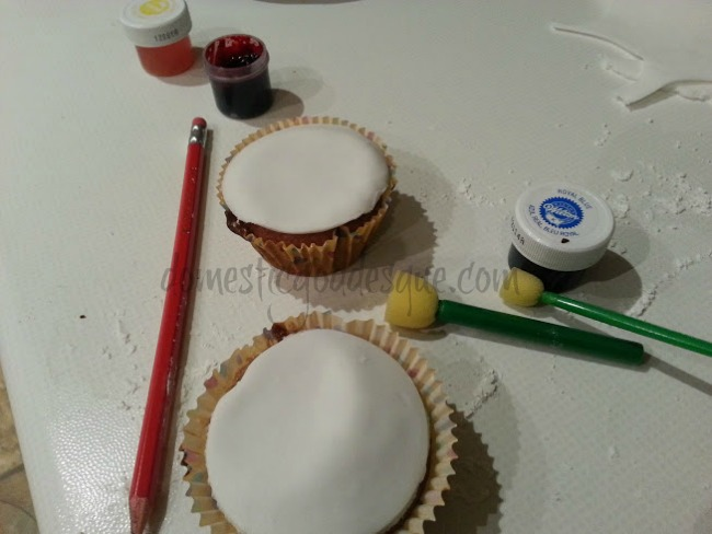 painting cupcakes for children in need