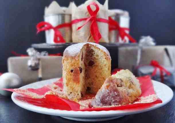 mini panettone with ginger and cranberry