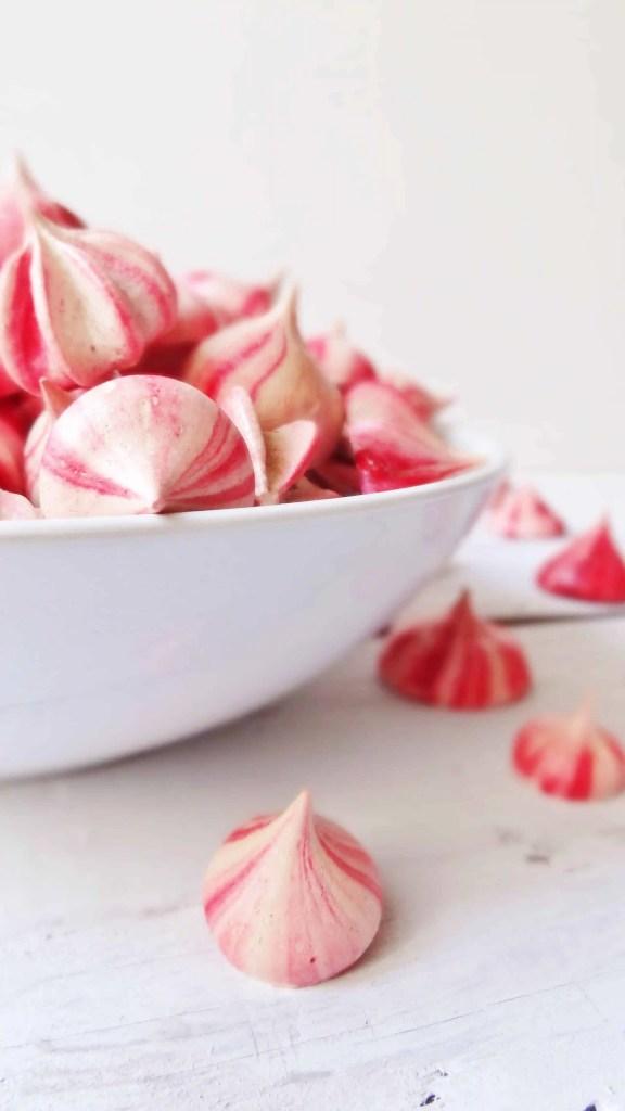 pink raspberry meringues