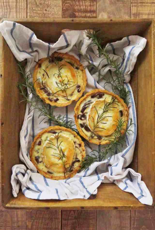 caramelized red onion goats cheese mini quiches