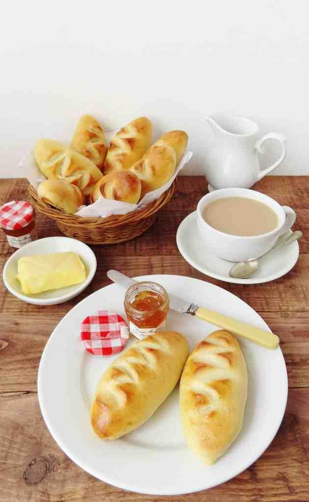 Pain au crème - double cream bread rolls - Domestic Gothess
