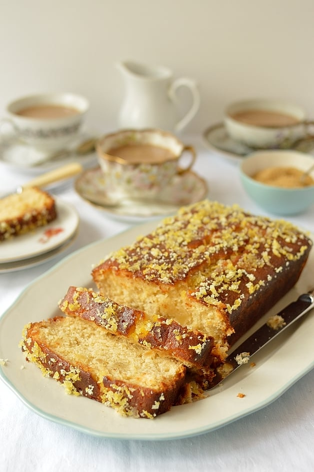 Damp lemon and ginger drizzle cake - Domestic Gothess
