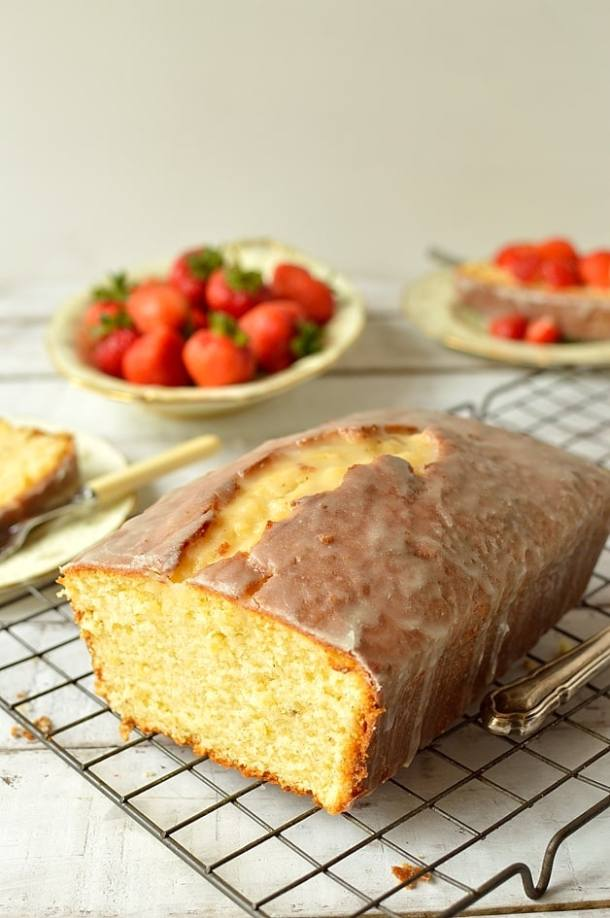 Lemon and cardamom sour cream pound cake - Domestic Gothess
