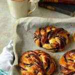 tangzhong chocolate swirl buns