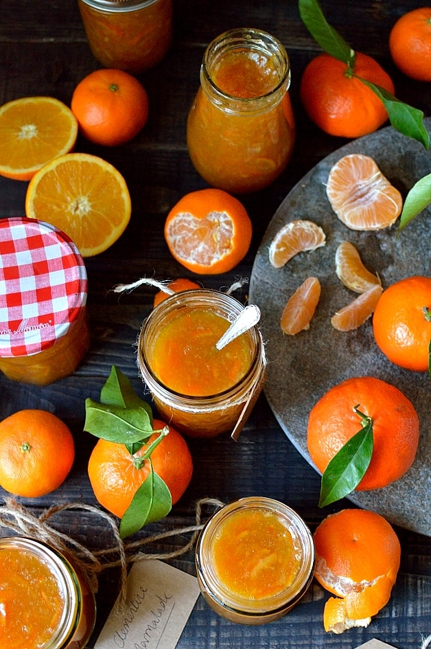 Clementine marmalade - a delicious homemade marmalade using clementines, great for Christmas gifts!