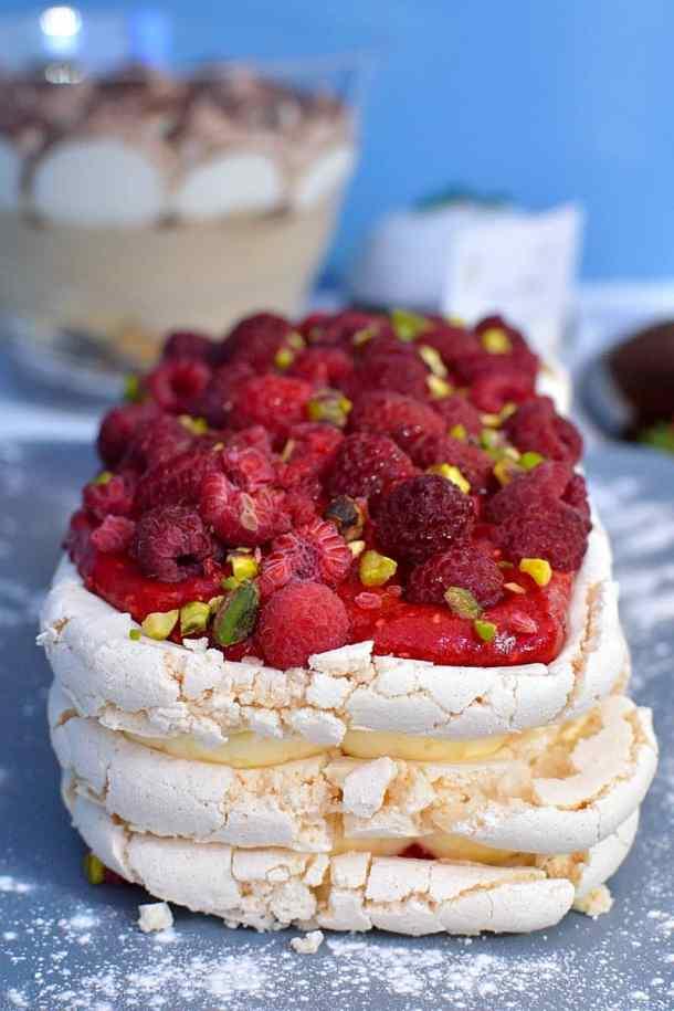 raspberry pistachio pavlova