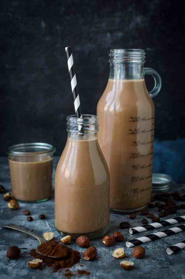 Mocha hazelnut milk - the best way to drink your coffee is in this from scratch hazelnut milk with chocolate and coffee! (Vegan/refined sugar free). #vegan #nutmilk #coffee #chocolate