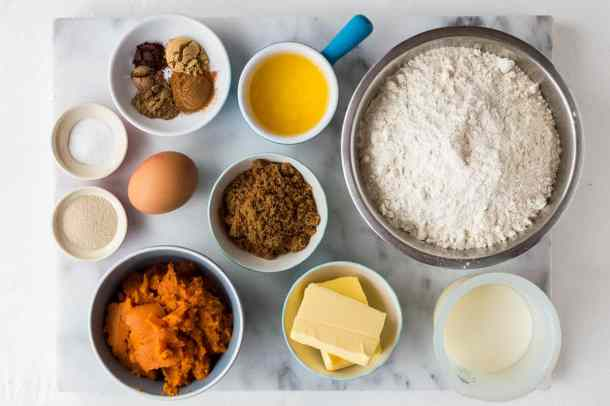 pumpkin bread rolls ingredients