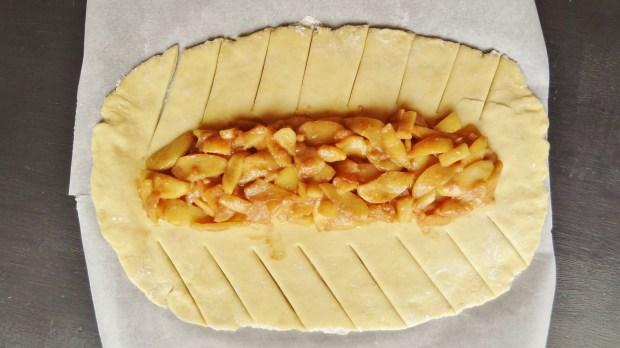 apple brioche dough