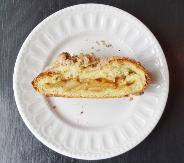 streusel topped apple brioche