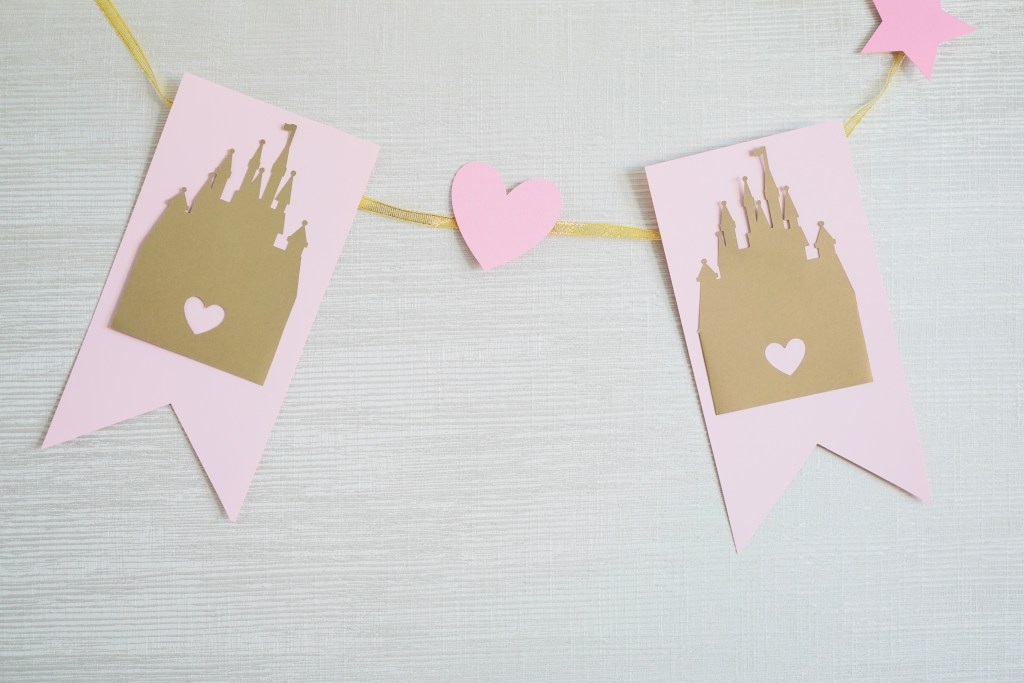diy princess banner