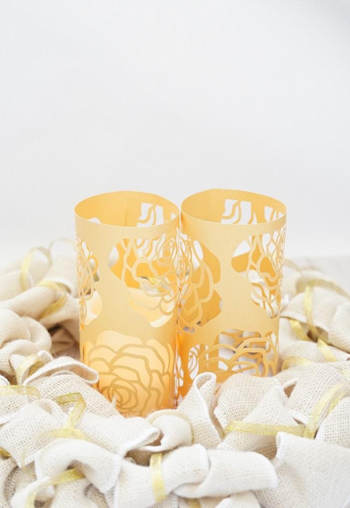 cricut wedding ideas, DIY cupcake wrapper, free cricut wedding svg
