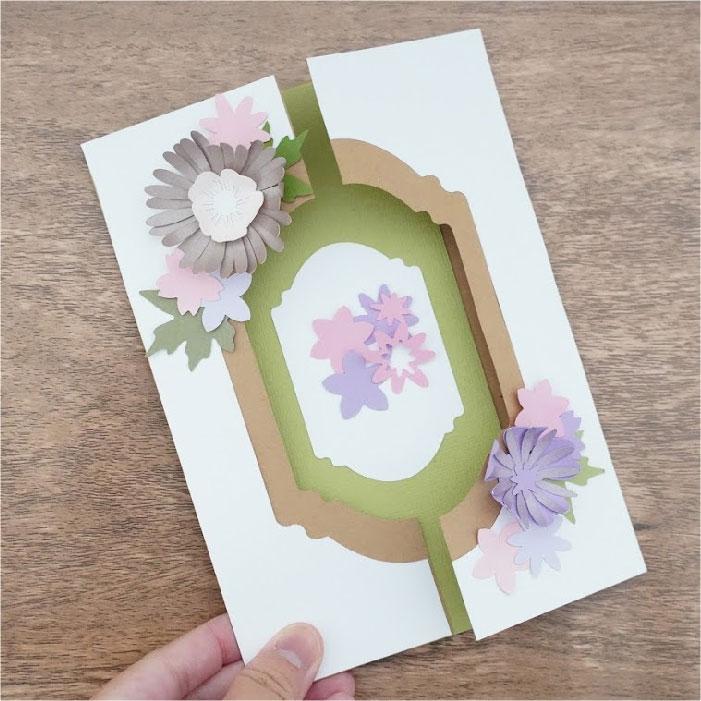 Floral gate card