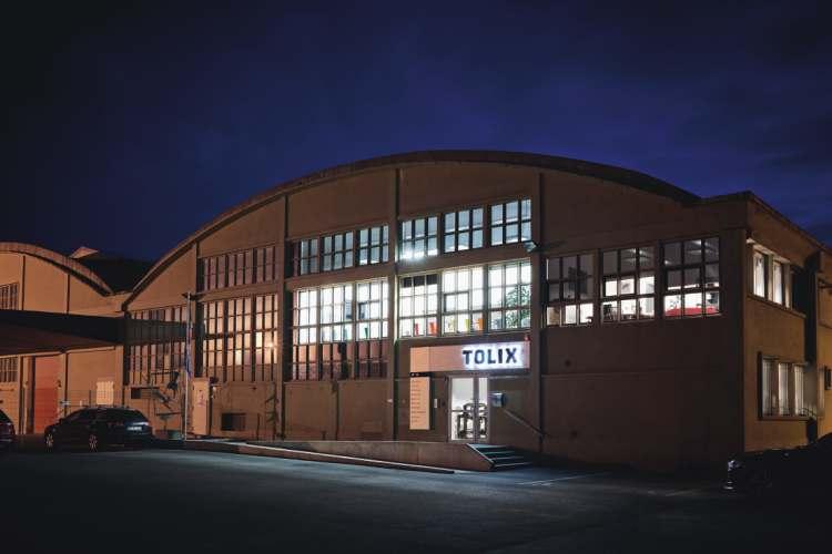 fabryka_metalowych_krzesel_tolix
