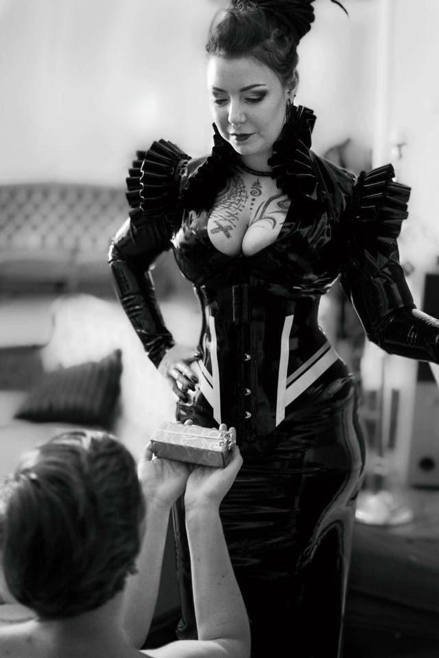 Madamè Kali Dreadful - DOMINA.DIRECTORYDOMINA.DIRECTORY