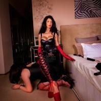 Mistress Antonella - worship me!