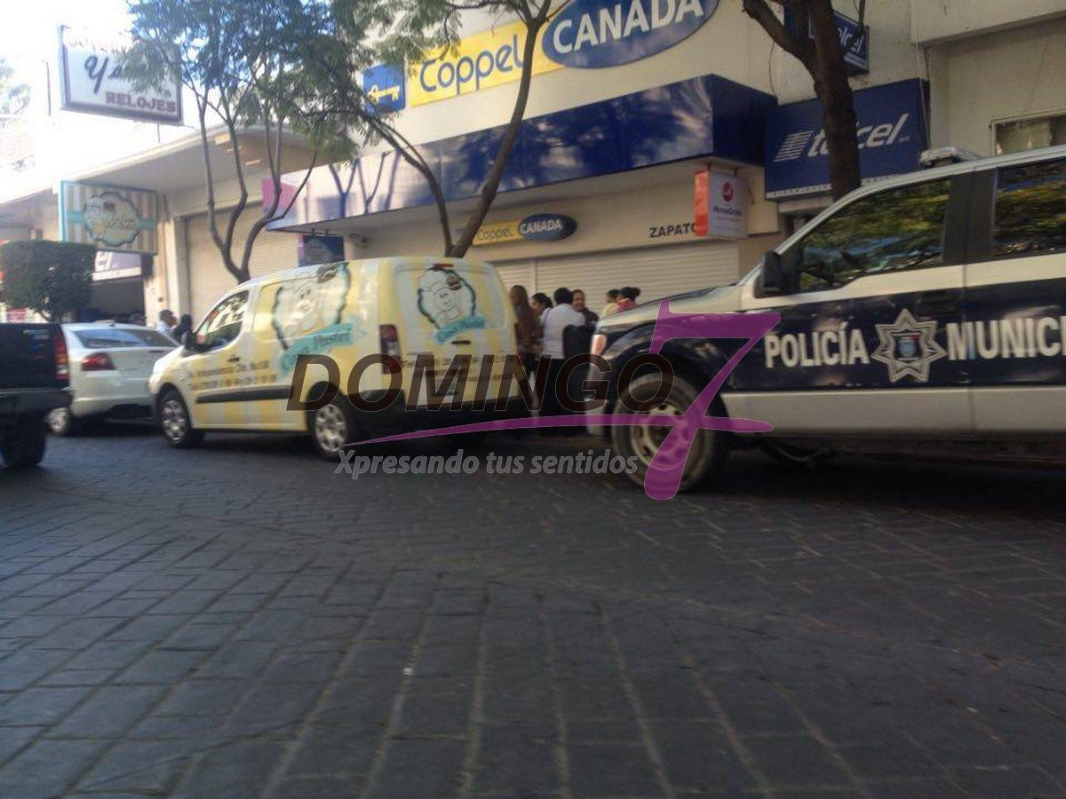 116ee2bb71aa FRUSTRAN ROBO DE JOYERIA YAMEL EN PLENO CENTRO DE TEHUACÁN – Domingo7