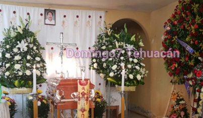 Apuñalan a padre en Catedral Metropolitana