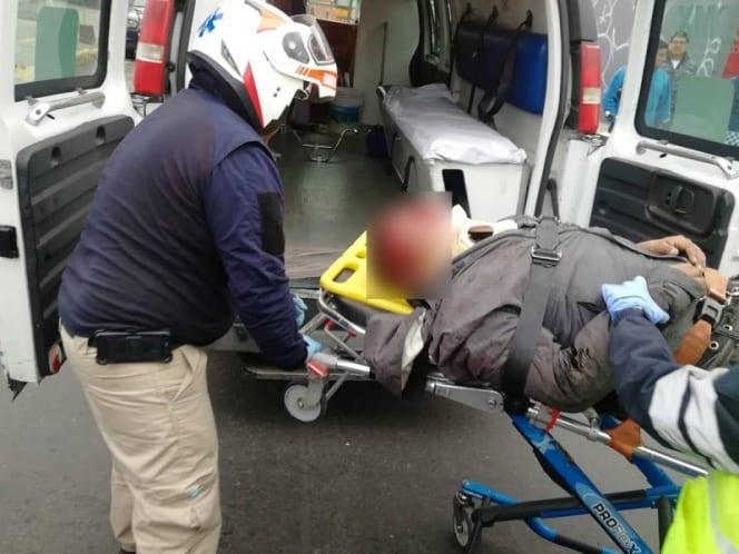 PASAJEROS FRUSTRAN ROBO; POLICÍAS EVITAN QUE LADRÓN SEA LINCHADO