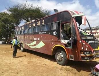 DEJA AL MENOS 8 MUERTOS ATENTADO CONTRA AUTOBÚS EN KENIA