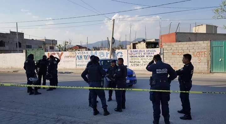 TRAS ASALTO POLICÍAS Y ASALTANTES SE AGARRAN A BALAZOS EN TEHUACÁN, HAY DOS DETENIDOS