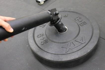 Diese Halterungen kannst du in eine normalen Gewichtsscheibe einsetzen.