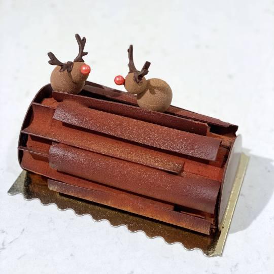 Triple Chocolate Buche de Noel 2020
