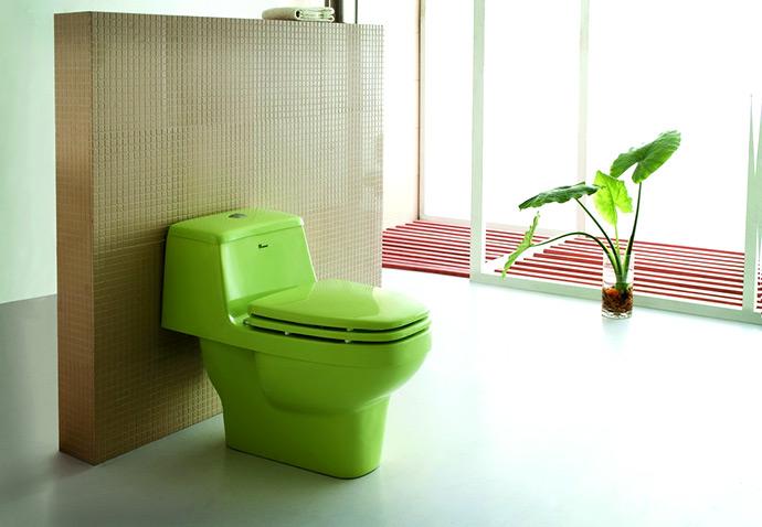 Унитаз зеленого цвета в санузле. Необычный унитаз в ванной