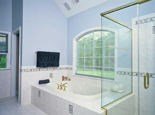 Ремонт: актуальный интерьер ванной на долгие годы