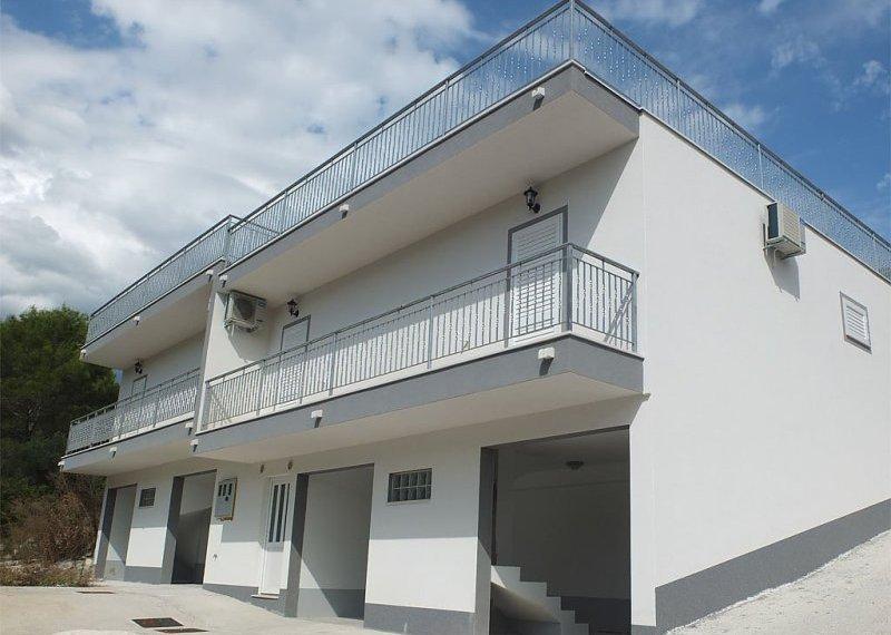 2194_House-Villa_10