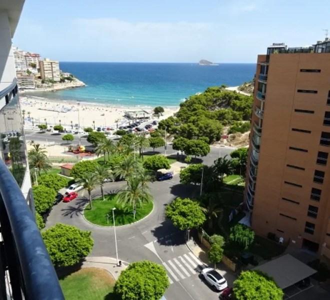 penthouse v první linii u pláže s výhledem na moře a hory