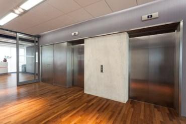 cage ascenseur d'un immeuble