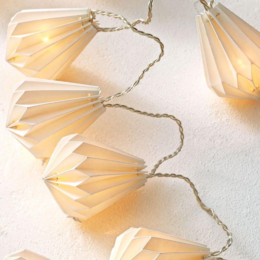 Christmas light garland with original design