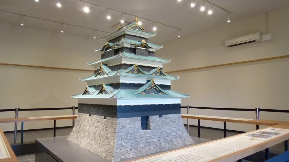 本丸休憩所の隣で公開されている江戸城の模型