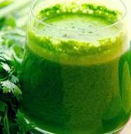 Suco de Salsinha com Cenoura e Frutas