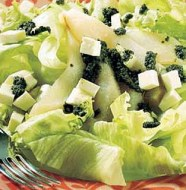 Salada de Alface e Pera Acompanhado ao Pesto de Hortelã