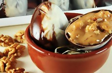 Como Fazer Ovo de Páscoa Gourmet Recheado com Estrogonofe de Nozes