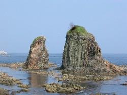 サンタロ岩