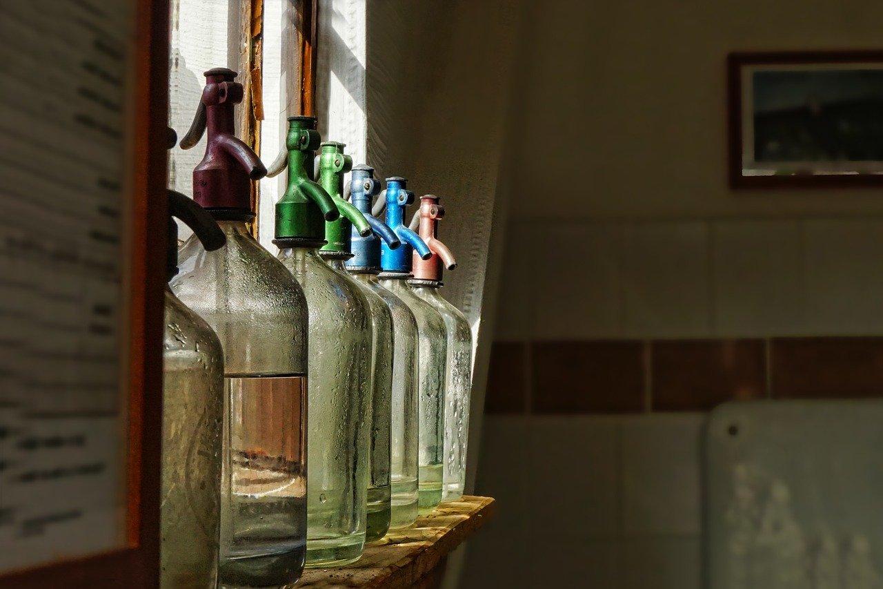 glass, soda water, soda water bottles-3467517.jpg