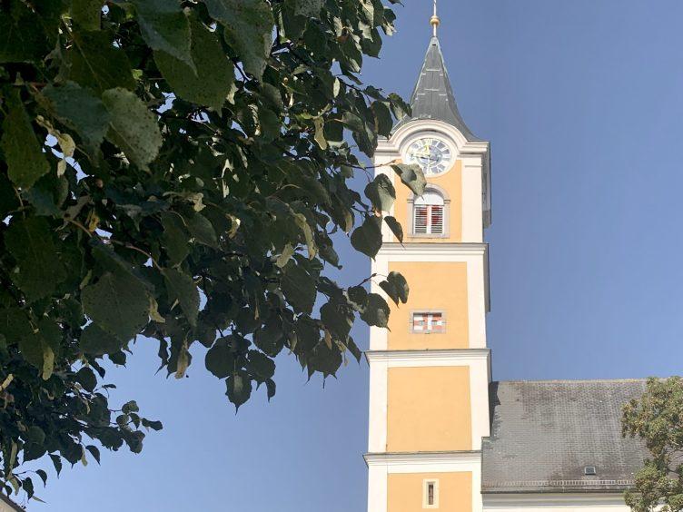 die Pfarrkirche zum heiligen Valentin in Ansfelden