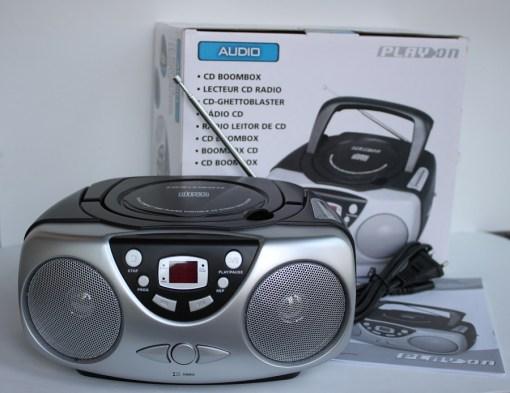 Radio CD Boombox con memoria programable