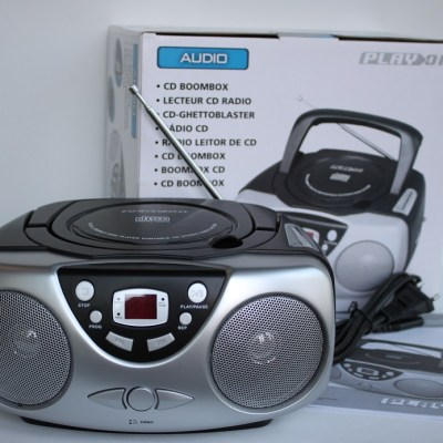 Radio CD Boombox con memoria programable